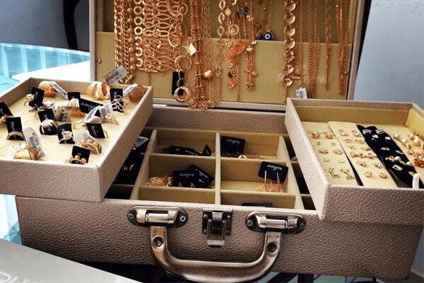 maleta de joias Rommanel