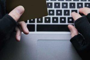 Cartão de crédito falso