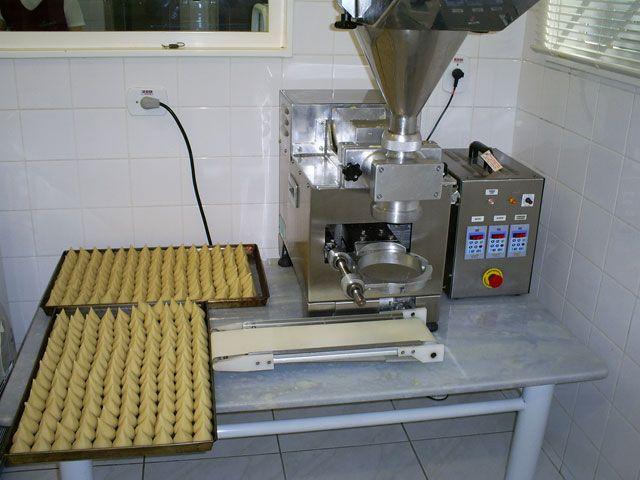máquina para fazer salgados